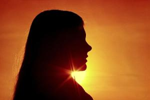 woman-silhouette-sally-weigand
